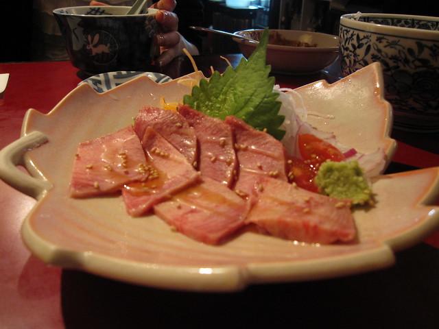 仙台で牛タン刺